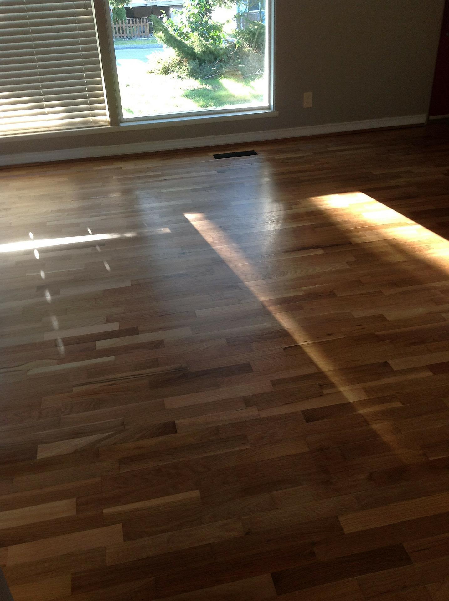 Calefacci n de techo y suelo radiantes vivienda saludable - Radiadores de suelo ...