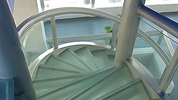 Escaleras: cómo elegirlas