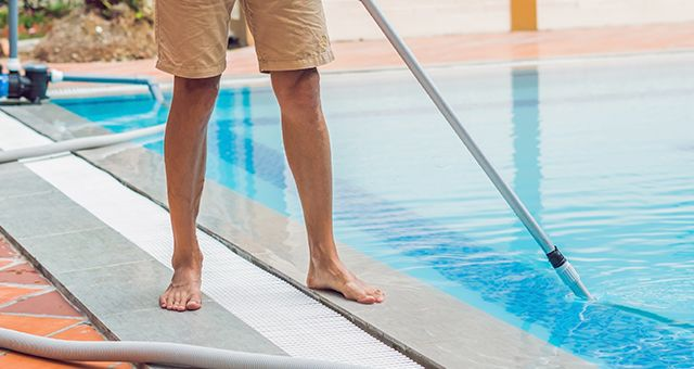 Como hacer una limpieza de piscina