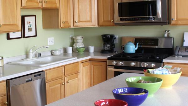 Consejos para elegir los muebles de cocina vivienda for Colocar muebles de cocina