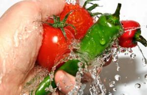Trucos para lavar frutas y verduras