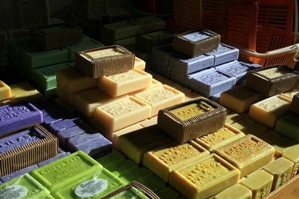 C mo fabricar tu propio jab n casero vivienda saludable - Fabricar jabon casero ...
