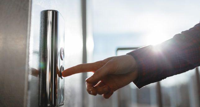https://www.viviendasaludable.es/wp-content/uploads/2014/11/ahorrar-energia-en-los-ascensores-1.jpg