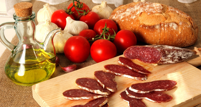 http://www.viviendasaludable.es/wp-content/uploads/2014/11/alimentacion-ecologica.jpg