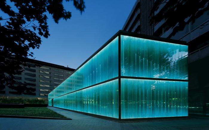Proyecto de Iluminación: la fachada del Roca Barcelona Gallery por artec3 Studio.