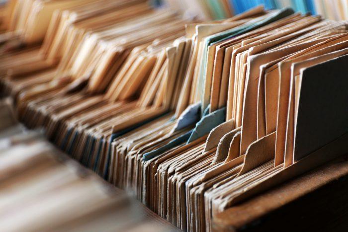 Documentos antiguos almacendos