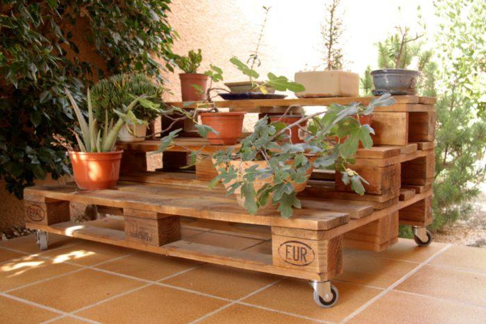 https://www.homify.es/libros_de_ideas/81180/madera-de-palet-para-las-estanterias-de-casa