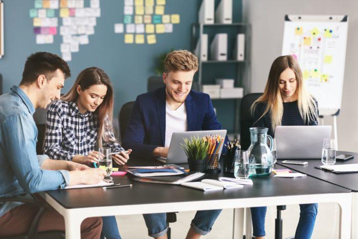 trabajar en oficinas con espacios abierto