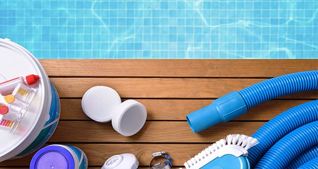 como limpiar una piscina