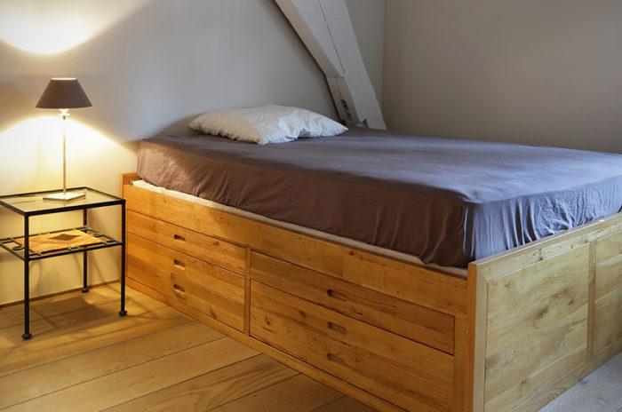 aprovechar espacios debajo de la cama