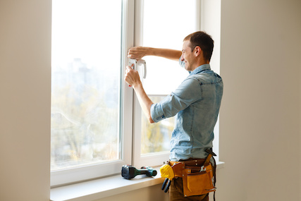 limpiar ventanas de PVC