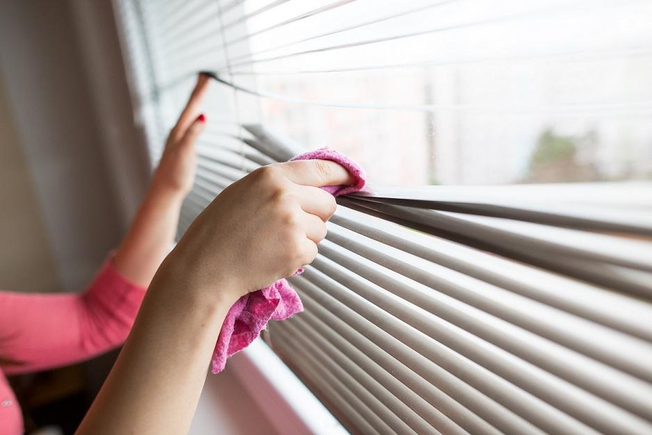 Limpiar las persianas